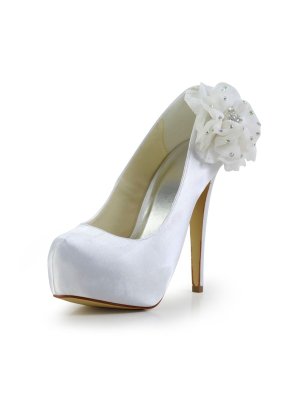 Women's Satijn Stiletto Heel Closed Toe Platform White Wedding Shoes With Bergkristal
