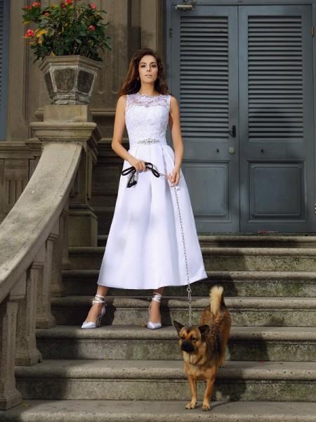 A-lijn/Prinses Boothals Appliqué Mouwloos Lang Satijn Bruidsjurken