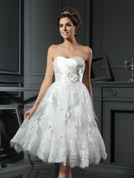 A-lijn/Prinses Hartvormig Decolleté Met Ruches Mouwloos Kort Satijn Bruidsjurken
