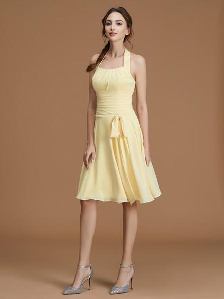 A-lijn/Prinses Halter Mouwloos Kort/Mini Ruches Chiffon Bruidsmeisjes Jurken