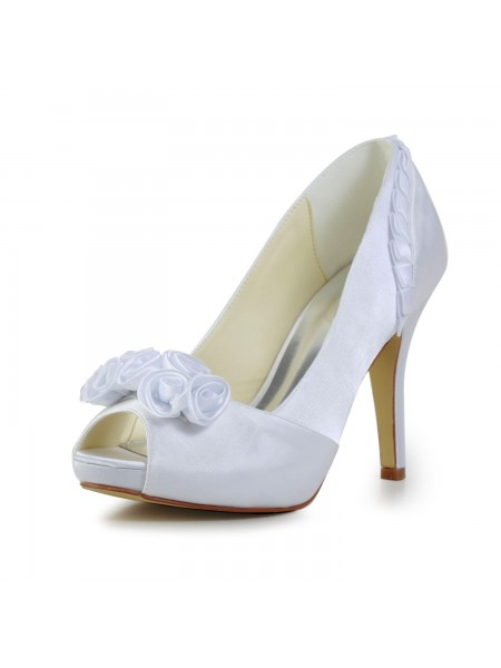 Women's Fabulous Satijn Stiletto Heel Pumps With Flower White Wedding Shoes