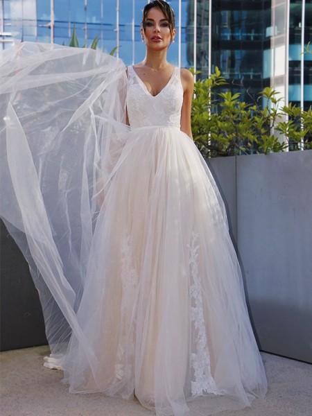 A-lijn/Prinses Tule V-Hals Appliqué Mouwless Strijksleep Bruidsjurken