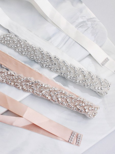 Pretty Satijn Sashes With Kristals
