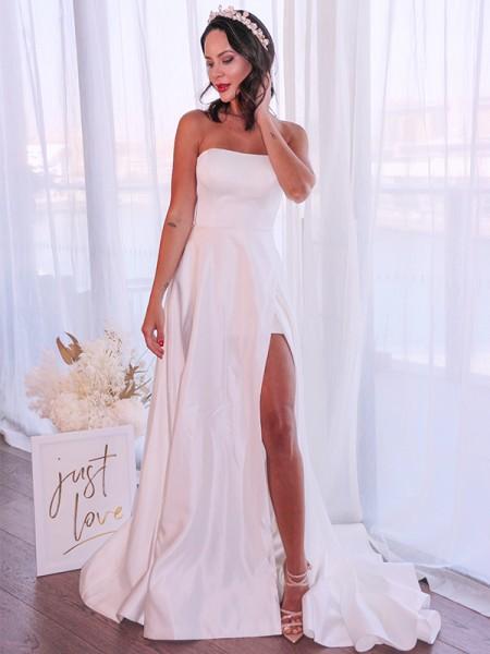 A-lijn/Prinses Satijn Ruches Strapless Mouwless Strijksleep Bruidsjurken