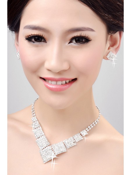Nice Alloy Clear Kristals Wedding Necklaces Earrings Set