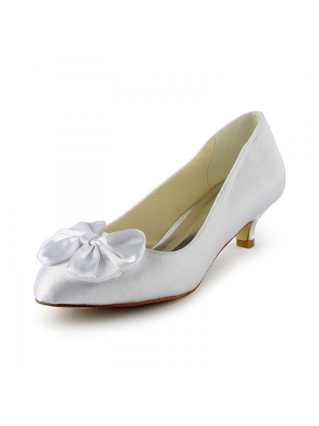 Women's Satijn Kitten Heel Pumps With Strik White Wedding Shoes