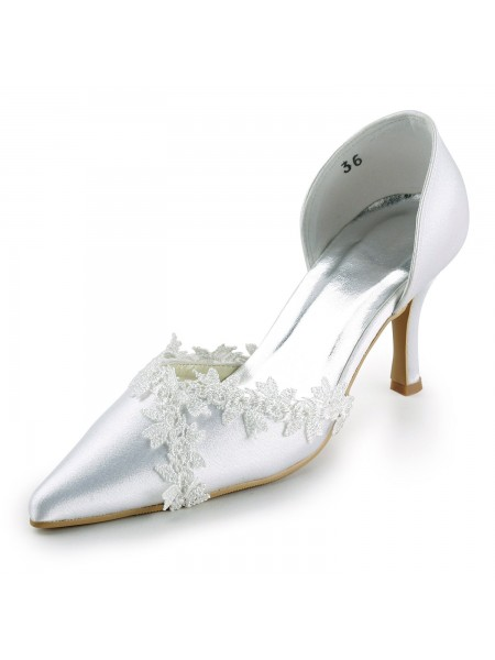 Women's Satijn Stiletto Heel Closed Toe Pumps White Wedding Shoes With Kant