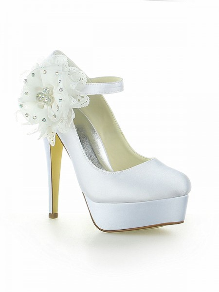 Women's Satijn Platform Closed Toe With Flower Stiletto Heel White Wedding Shoes