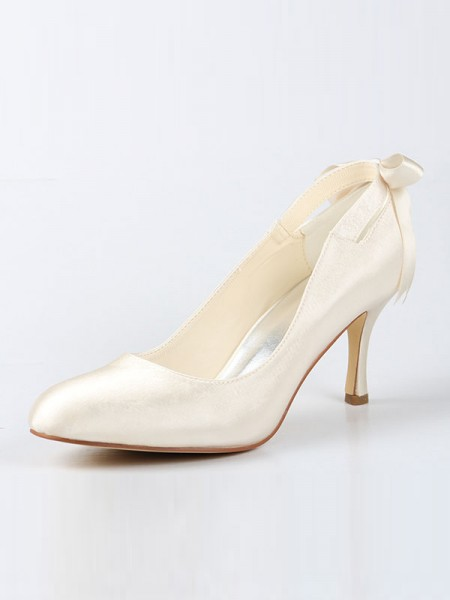 Women's Satijn Closed Toe Spool Heel With Strik Ivory Wedding Shoes