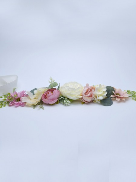 Nice Satijn Sashes With Flowers